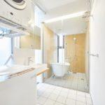 1階洗面脱衣兼ランドリースペース&バスルーム